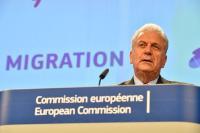 Conférence de presse de Dimitris Avramopoulos, membre de la CE, sur les progrès accomplis sur l'agenda européen en matière de migration