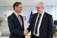Visit of Jari Lindström, Finnish Minister for Employment, to the EC