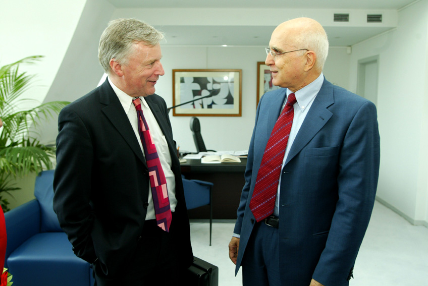 Visit of John Monks, Secretary General of ETUC, to the EC