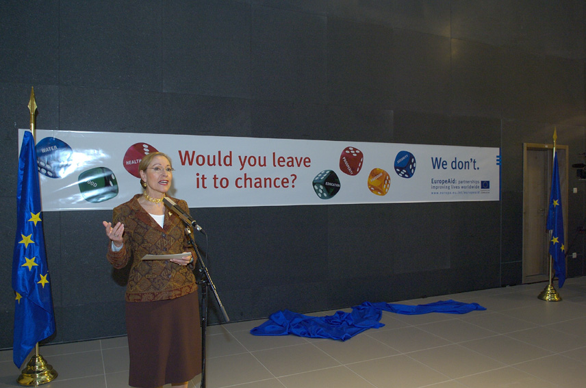 Launch of the Poster Campaign of EuropAid by Benita Ferrero-Waldner, Member of the EC