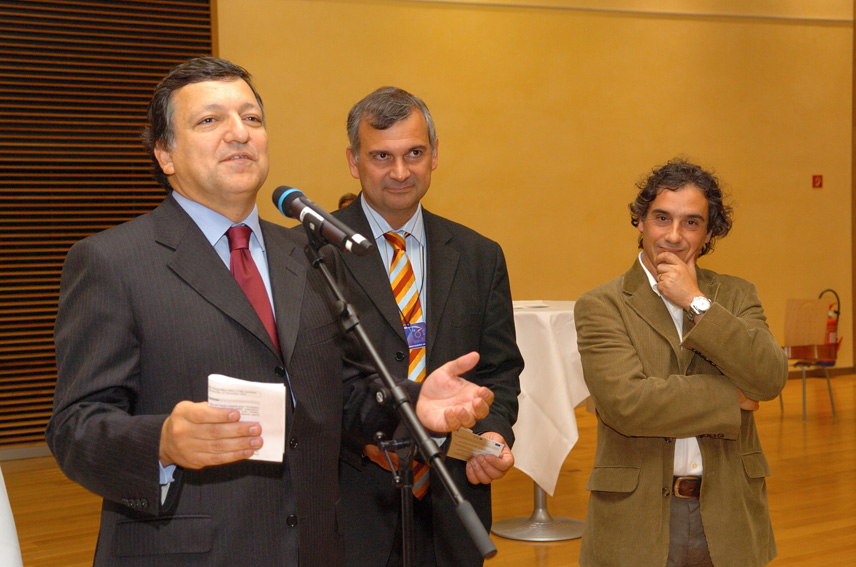 José Manuel Barroso at the inauguration of the 'Azorean Tea' exhibition