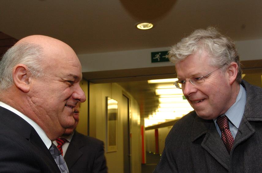 Visit by Einar Kristinn Guðfinnson, Icelandic Minister for Fisheries, to the EC