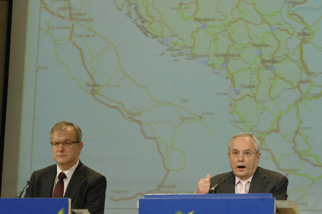 Joint press conference by Jacques Barrot and Olli Rehn, Members of the EC, on enhancing the European perspective in the Western Balkans