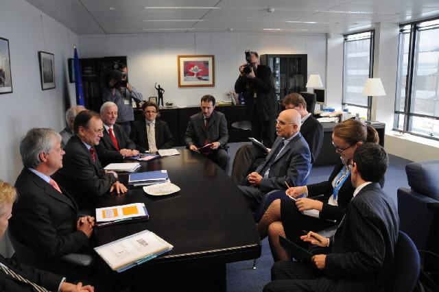 Visit of Hans Jürgen Kerkhoff, President of 'Wirtschaftsvereinigung Stahl', to the EC