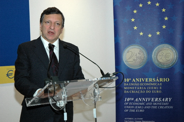 Participation de José Manuel Barroso, President of the EC, at the exhibition for the 10th anniversary of the euro