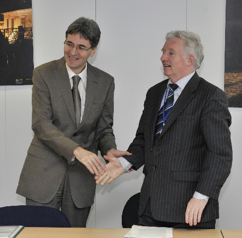 Visit of Seán Ó Neachtain, Member of the EP, and representatives of the Irish Language Organisation, to the EC