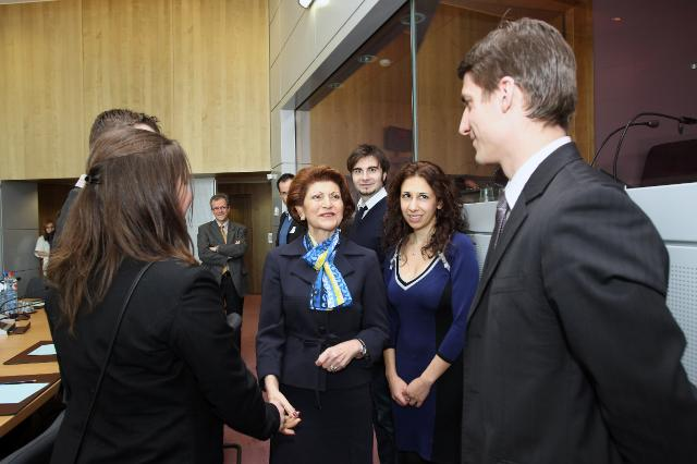 Visit of a delegation of the Bureau of the European Youth Forum, to the EC