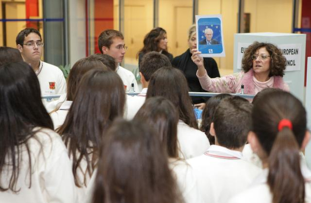 The EU-Factory. Wanted: EU citizens with talent!: meeting with Greek and Irish pupils from secondary school