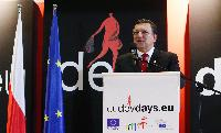 Participation of José Manuel Barroso, President of the EC, and Andris Piebalgs, Member of the EC, in the European Development Days 2011
