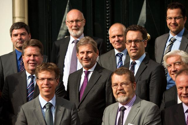 Commissioner Johannes Hahn visits Northern Netherlands