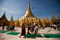 Over the weekend the Shwedagon Pagoda is full of worshipers and tourists. The Burmese are used to visiting the Pagoda to pray and make their offerings.