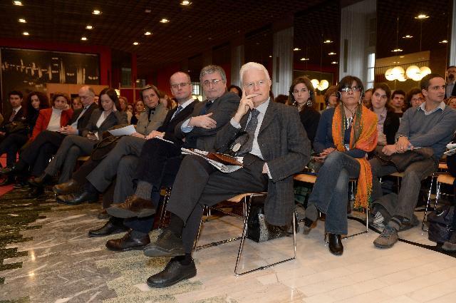 Dialogue avec les citoyens à Turin avec Cecilia Malmström