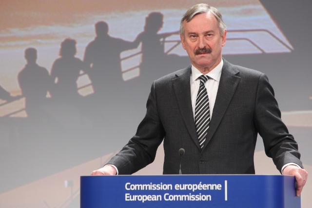 Press conference by Siim Kallas, Vice-President of the EC, on new measures to strengthen and improve air passenger rights