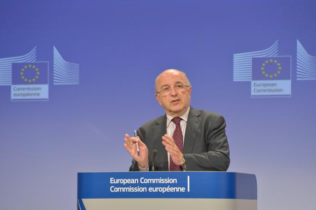 Press conference by Joaquín Almunia, Vice-President of the EC, on the statement of objections to 13 investment banks, ISDA and Markit in credit default swaps investigation