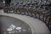 An exemple of a large-scale public bicycle sharing system in Paris