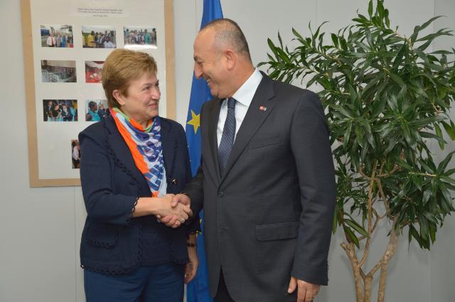 Visite de Mevlüt Çavusoglu, ministre turc des Affaires européennes et négociateur en chef pour les négociations d'adhésion de la Turquie à l'UE, à la CE