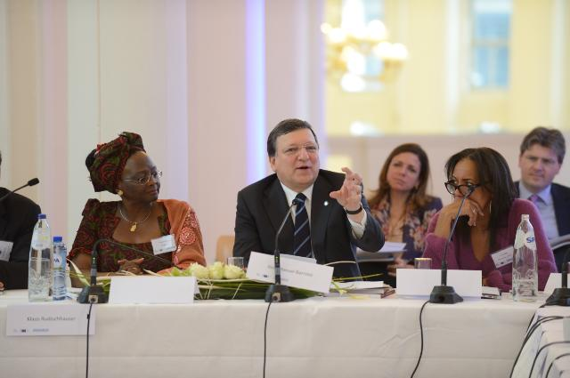 Participation of José Manuel Barroso, President of the EC, in the round table event 'Visionary Urban Africa: for an African Urban Agenda'