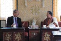 """Illustration of """"Visite d'Andris Piebalgs, membre de la CE, au Bhoutan"""""""