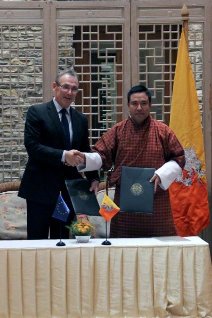 Visit of Andris Piebalgs, Member of the EC, to Bhutan