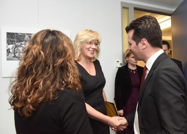 Visite de Luis Tudanca Fernández, secrétaire général du PSOE de Castille-et-León, et Iratxe García Pérez, membre du PE, à la CE