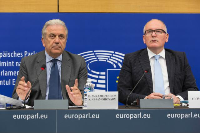 Joint press conference by Frans Timmermans, Vice-President of the EC, and Dimitris Avramopoulos, Member of the EC, on the presentation of a European Agenda on Security for the period 2015-2020