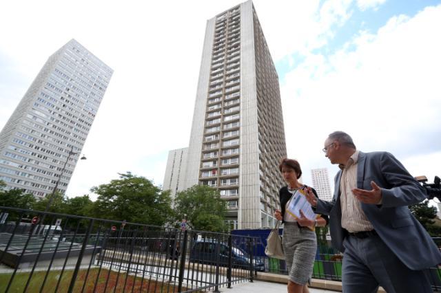 Visite de Marianne Thyssen, membre de la CE, au centre d'insertion sociale 'L'Arche d'Avenirs', à Paris