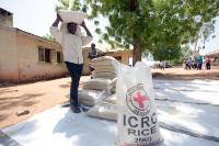 """Illustration of """"Reportage dans un camp de personnes déplacées à Yola au Nigéria"""""""
