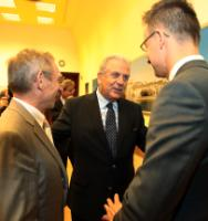 Visite de Dimitris Avramopoulos, membre de la CE, en Hongrie