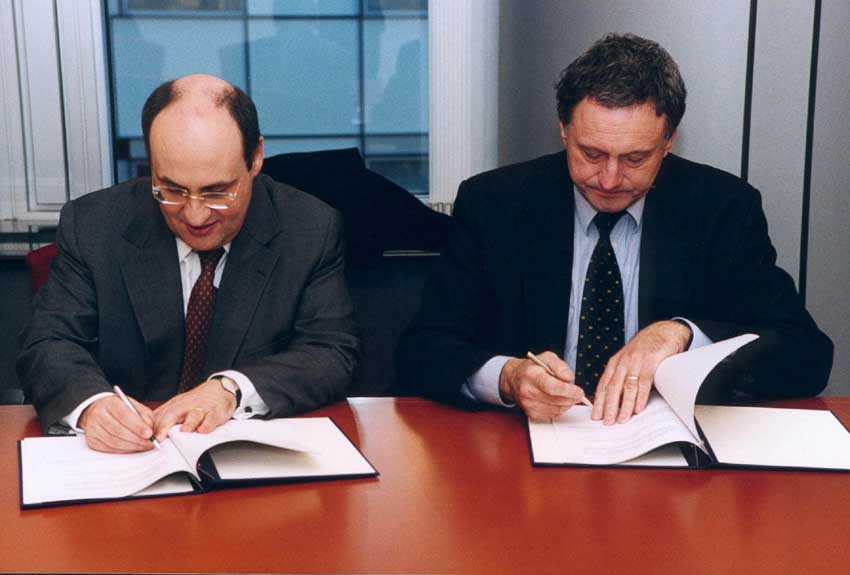 Signature of an EC - Europol Cooperation agreement