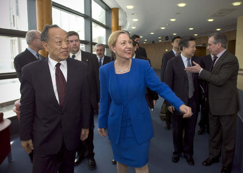 Visit of Li Zhaoxing, Chinese Minister for Foreign Affairs, to the EC