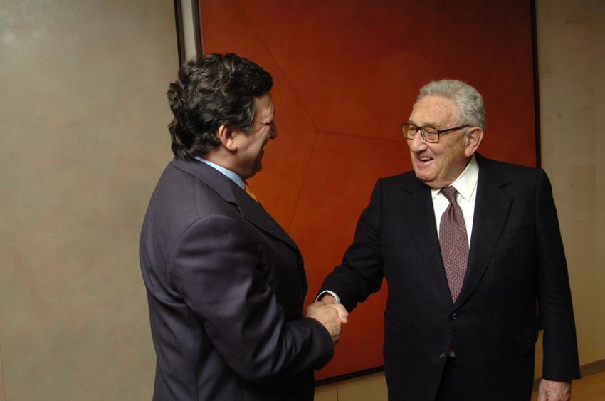 Visite d'Henry Kissinger, ancien secrétaire d'Etat américain, à la CE