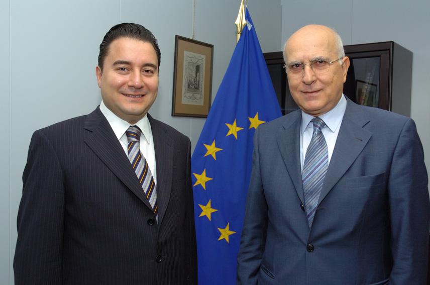 Visite d'Ali Babacan, ministre turc de l'Economie et négociateur en chef pour les négociations d'adhésion à l'UE, à la CE