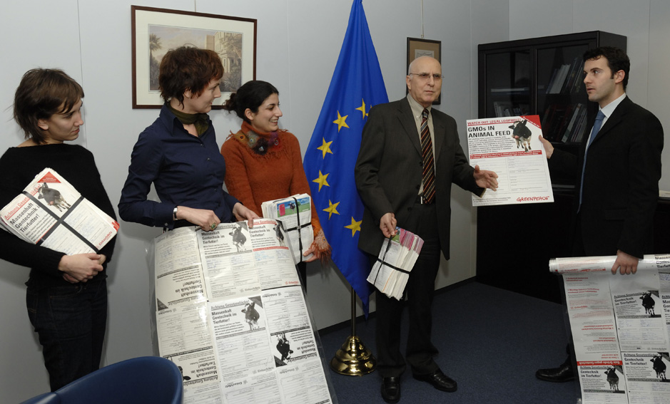 Visit by representatives from Greenpeace, to the EC