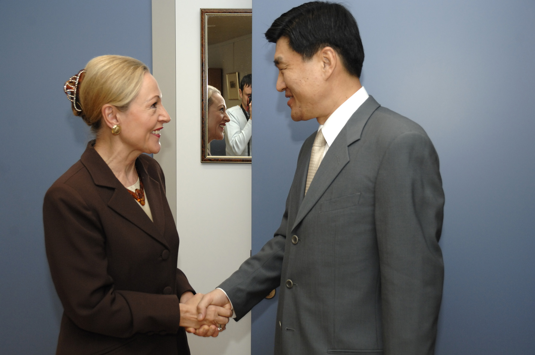 Visit by Shim Yoon-joe, Korean Deputy Minister for Foreign Affairs, to the EC
