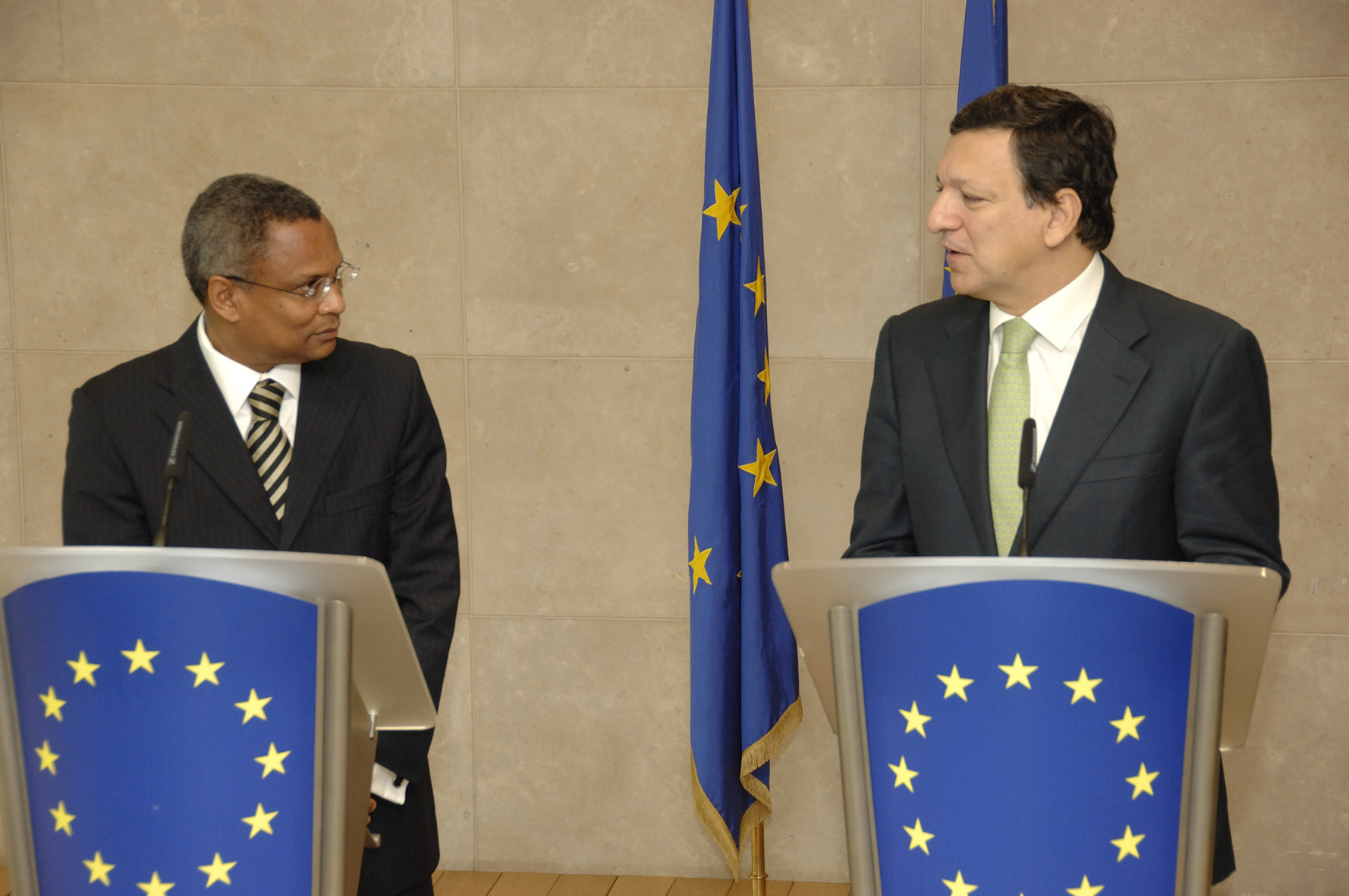 Visite de José Maria Neves, Premier ministre cap-verdien, à la CE