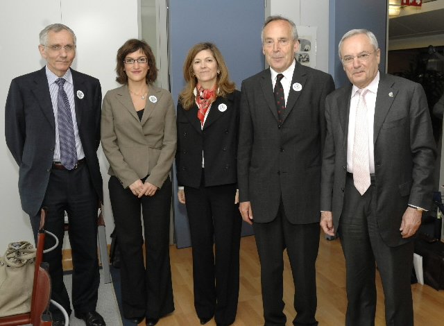 Visit of Francis Jacobs, President of Missing Children Europe and Francis Herbert, Secretary General of Missing Children Europe, to the EC