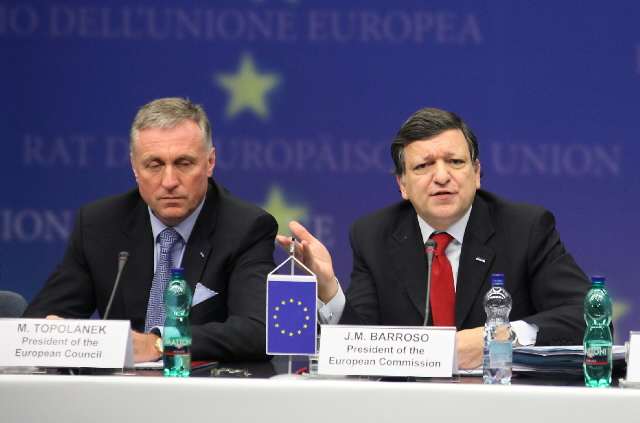 Participation of José Manuel Barroso, President of the EC, in the Tripartite Social Summit