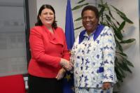 Visite de Naledi Pandor, ministre sud-africaine de la Science et de la Technologie, à la CE