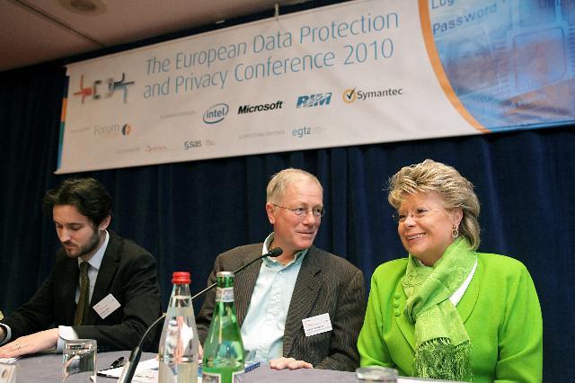 Participation de Viviane Reding, vice-présidente de la CE, à la conférence sur la protection des données et la confidentialité