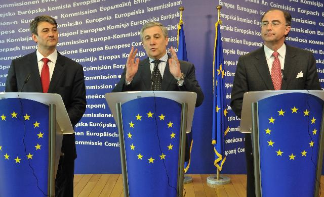 Joint press conference by Antonio Tajani, Vice-President of the EC, Zoltán Cséfalvay, Hungarian Minister for Strategic Affairs, and Xavier Rolet, CEO of the London Stock Exchange, closing the SME Finance Forum