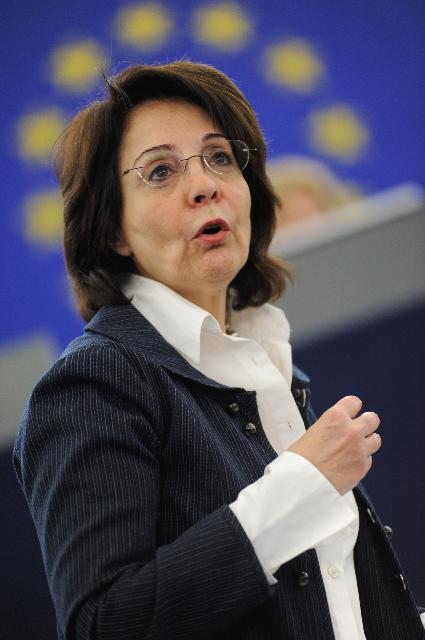 Participation of Maria Damanaki, Member of the EC, at the EP plenary session