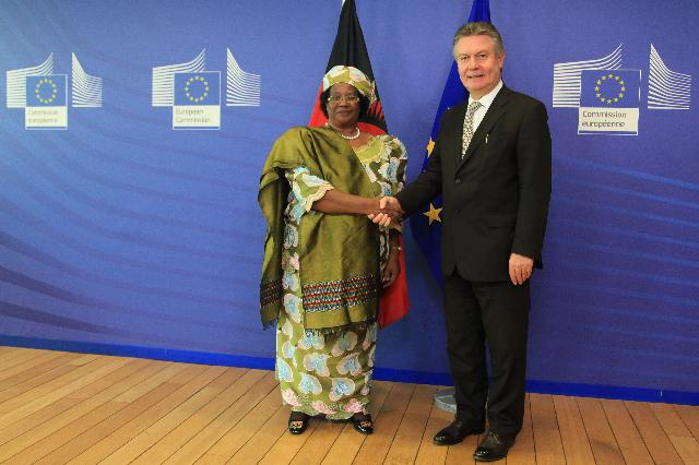 Visit of Joyce Banda, President of Malawi, to the EC
