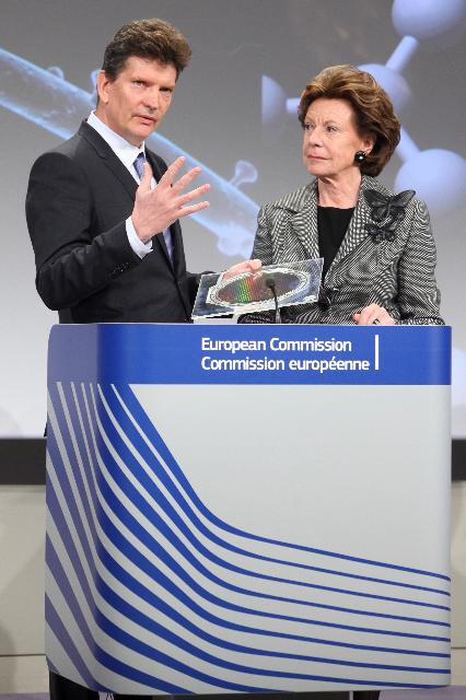 Press conference by Neelie Kroes, Vice-President of the EC, for the announcement of the winners of the competition organised in the framework of the FET