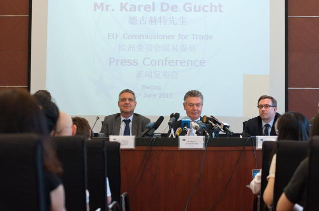 Visit of Karel De Gucht, Member of the EC, to China