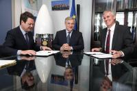 Signature of an agreement on space policy between GSA and ESSP, with the participation of Antonio Tajani, Vice-President of the EC