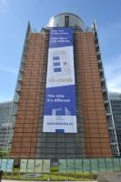 The front of the Berlaymont building with a banner: