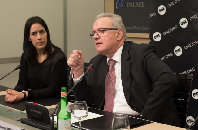 Neven Mimica reçoit les jeunes ambassadeurs de l'organisation ONE
