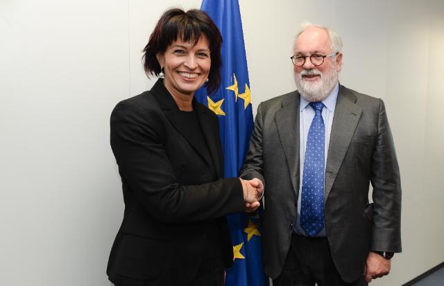 Visite de Doris Leuthard, cheffe du département fédéral suisse de l'Environnement, des Transports, de l'Énergie et de la Communication, à la CE