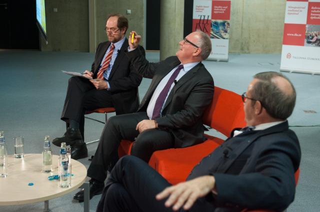 Dialogue avec les citoyens à Tallinn avec Frans Timmermans