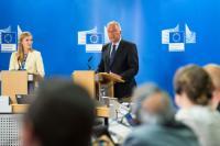 Conférence de presse de Dimitris Avramopoulos, membre de la CE, sur l'agenda européen en matière de migration